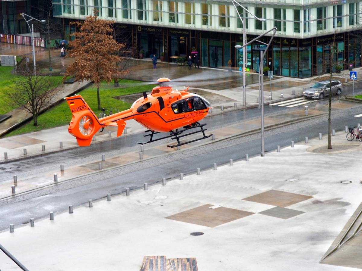 Luftrettungseinsatz am 28. Januar 2019 - Landung des Rettungshubschraubers auf den Magellan-Terrassen
